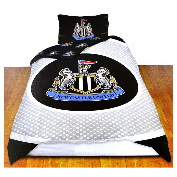 Newcastle United Reversible Bullseye Single Duvet Set