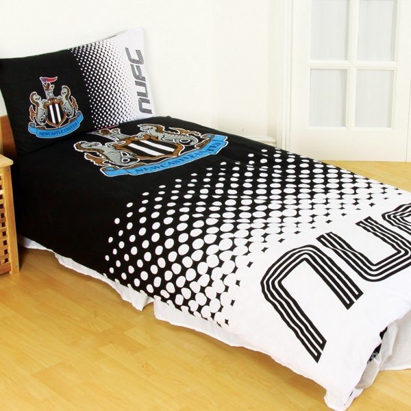 Newcastle United Reversible Fade Single Duvet Set
