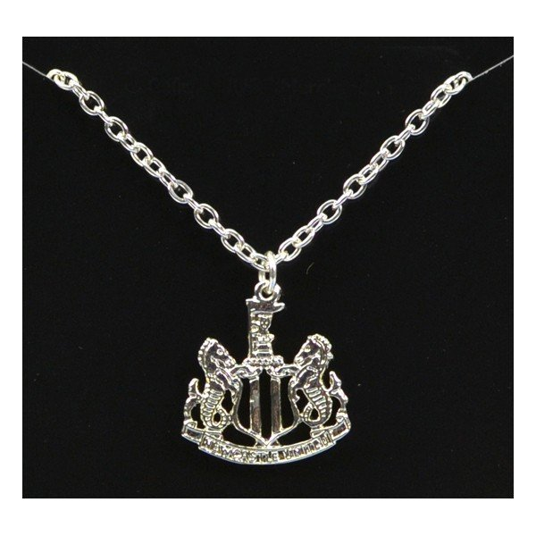 Newcastle United Silver Plated Crest Pendant/Chain