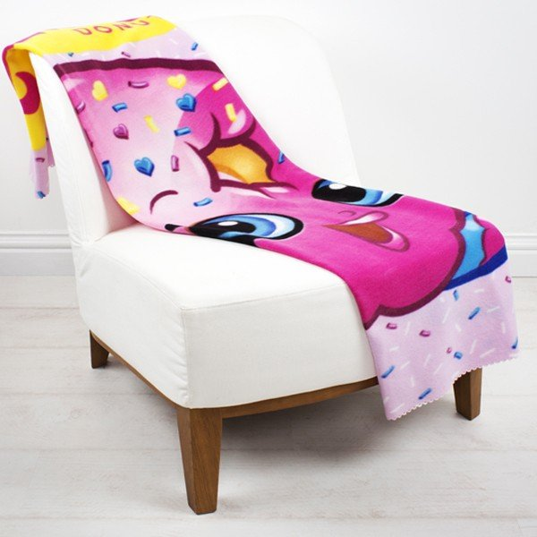 Shopkins Shopaholic Fleece Blanket