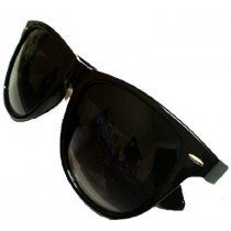 Retro Wayfarer Sunglasses Shades In Black  UV400 Protection
