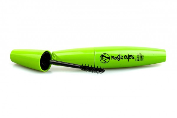 W7 Magic Eyes Ultimate Mascara in Black No More Clumps